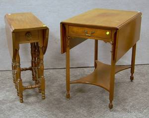 Beacon Hill Collection Chippendalestyle Pembroke Table and a William  Mary Style Mahogany Dropleaf Gateleg Table