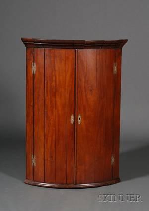 Victorian Mahogany Hanging Corner Cupboard