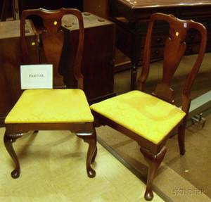 Set of Four Hickory Queen Anne Style Mahogany Side Chairs with Upholstered Seats