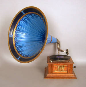 Oak phonograph with painted tin horn