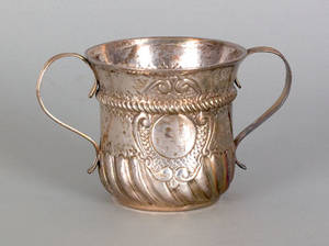 English silver caudle cup 17371738
