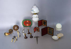 Misc table articles to include a fairy lamp