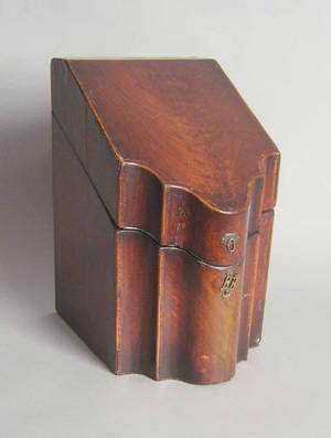 Georgian mahogany knife box