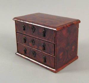 English William and Mary burl walnut miniature chest of drawers early 18th c