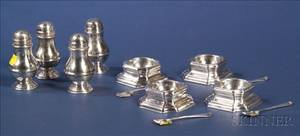 Set of Four English Queen Annestyle Trencher Salts and Bun Peppers