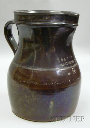 E  LP Norton Bennington Glazed 1 12 Gallon Stoneware Pitcher