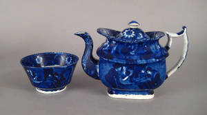 Blue Staffordshire teapot and waste bowl 19th c