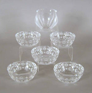 Lalique clear and frosted glass bowl