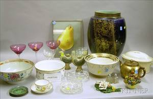 Group of Assorted Decorated Ceramic Tableware and Articles Glassware Decorative Items and Accessoriese2