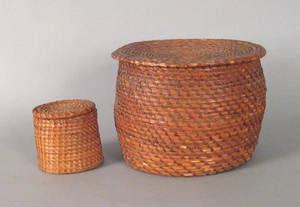 Two Pennsylvania rye straw lidded baskets 19th c
