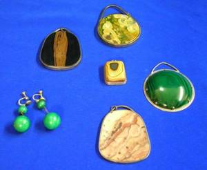 Five Silver Framed Hardstone Pendants and a Pair of Malachite Earrings