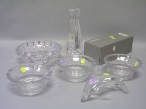 Oreffors Colorless Crystal Glass Bowl and Siljan Vase a Set of Three Colorless Glas Bowls and a Colorless Glass Dolphin Figural