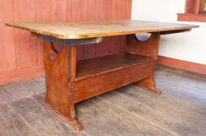 Pennsylvania pine bench table late 18th c