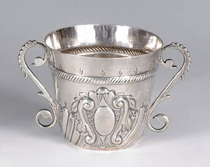 English silver caudle cup ca 17111712