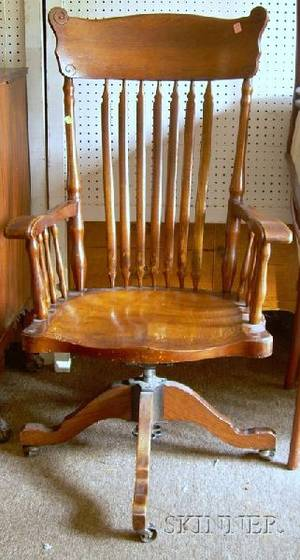 Late Victorian Oak Tilting Swivel Desk Armchair