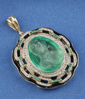 Art Deco Carved Emerald Emerald and Diamond Pendant Van Cleef  Arpels Paris