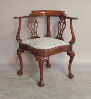 Southwood Chippendale style mahogany corner chair