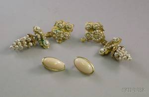 Pair of 14kt Gold Seed Pearl Grapes Earrings and a Pair of 18kt Gold and Coral Earrings
