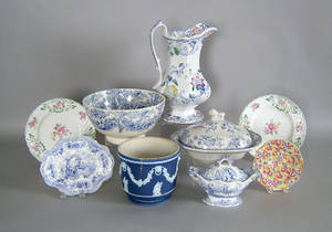 Misc pottery and porcelain to include ironstone