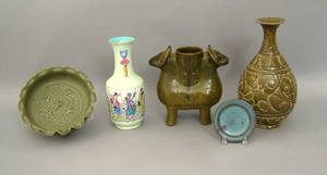 Four pcs of Chinese pottery