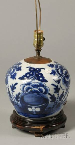 Blue and White Chinese Porcelain Ginger Jar Lampbase