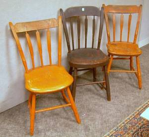 Pair of Orangepainted Windsor Thumb and Arrowback Side Chairs and a Grainpainted Thumb and Arrowback Side C