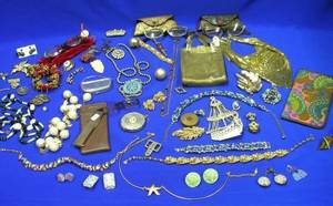 Group of Vintage and Earlier Costume Jewelry and Accessories
