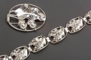 Georg Jensen USA Sterling Silver Acorn and Oak Leaf Oval Brooch and Bracelet