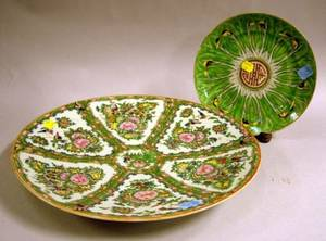 Chinese Export Porcelain Rose Canton Charger and a Cabbage Leaf Pattern Plate