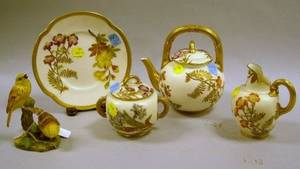 FourPiece Royal Worcester Floral Decorated Porcelain Tea Set and a Royal Worcester Yellow Hammers Bird Porcelain Figural Group