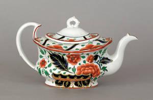Gaudy Dutch war bonnet teapot 19th c