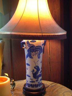 Japanese Blue and White Dragon Decorated Porcelain Table Lamp with Shade