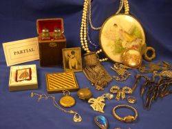 Assortment of Estate Jewelry Vanity Accessories and Findings