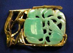 24kt and 18kt Gold and Jadeite Brooch Janiye