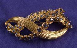 18kt Gold and Sapphire Pin Tiffany  Co