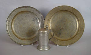 Two English pewter chargers 18th19th c