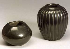 Two Southwest Santa Clara Polished Blackware Bowls