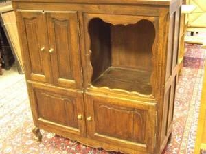 Provincial Louis XV Style Oak FourDoor Cabinet