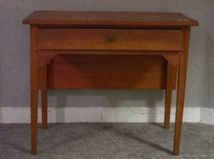 Federal Pine and Cherry Singleleaf Table