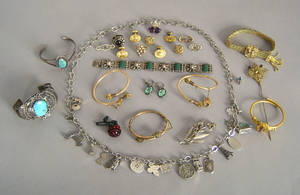 Misc jewelry to include silver