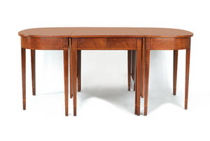Federal style mahogany threepart dining table