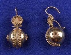 Victorian 18kt Gold Earpendants