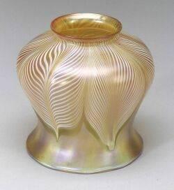 Quezal Gold Iridescent Glass Shade