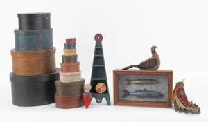 Group of miscellaneous Contemporary country decorative accessories to include a nest of boxes