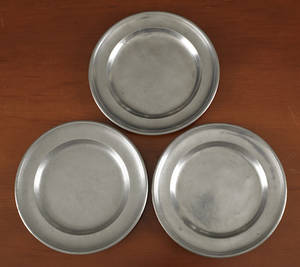 Two Meriden Connecticut pewter plates ca 1820