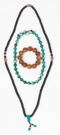 Collection of Chinese jewelry to include a jade necklace