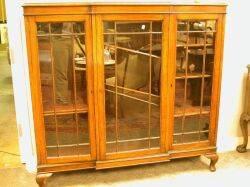 Georgianstyle Glazed Mahogany ThreeDoor Bookcase
