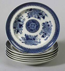 Six Chinese Export Porcelain Blue Fitzhugh Plates