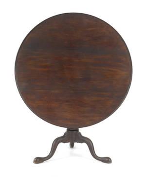 Connecticut Queen Anne cherry tea table ca 1765