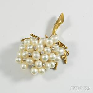 14kt Gold Cultured Pearl and Diamond Brooch